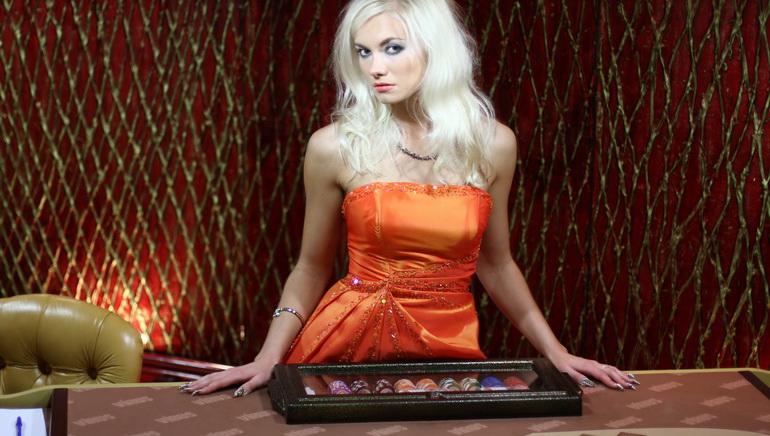 casino dealerin